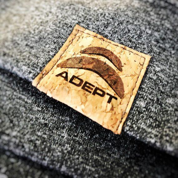 Étiquette_Adept